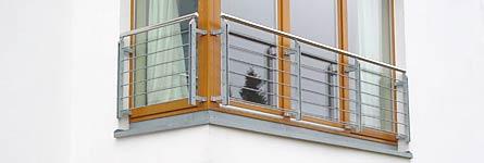 metallarbeiten balkone veranda und br stungen br stung franz sisches fenster. Black Bedroom Furniture Sets. Home Design Ideas