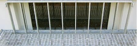 Metallarbeiten sicherheit und einbruchschutz for Kellerfenster einbruchschutz